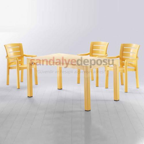 90x150 Plastik Masa Sandalye Takımı Sarı