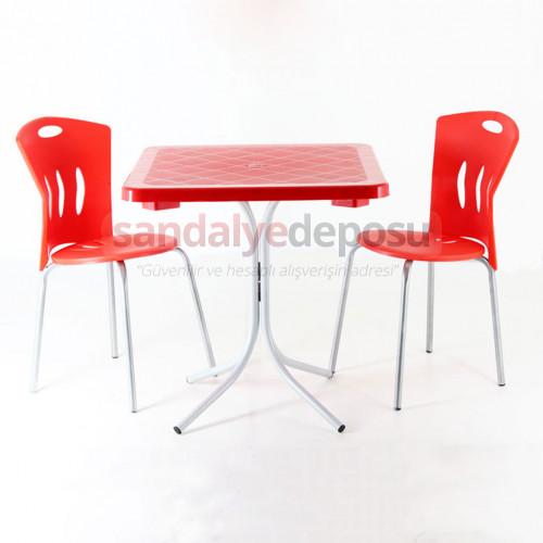 70x70 Plastik Masa Sandalye Kırmızı 2+1