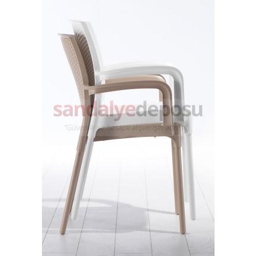 Manyas Kollu PP Alüminyum Ayaklı Sandalye Krem